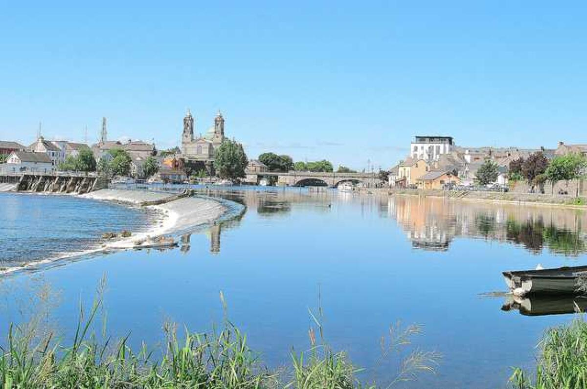 Athlone pushes for regional city status under new national
